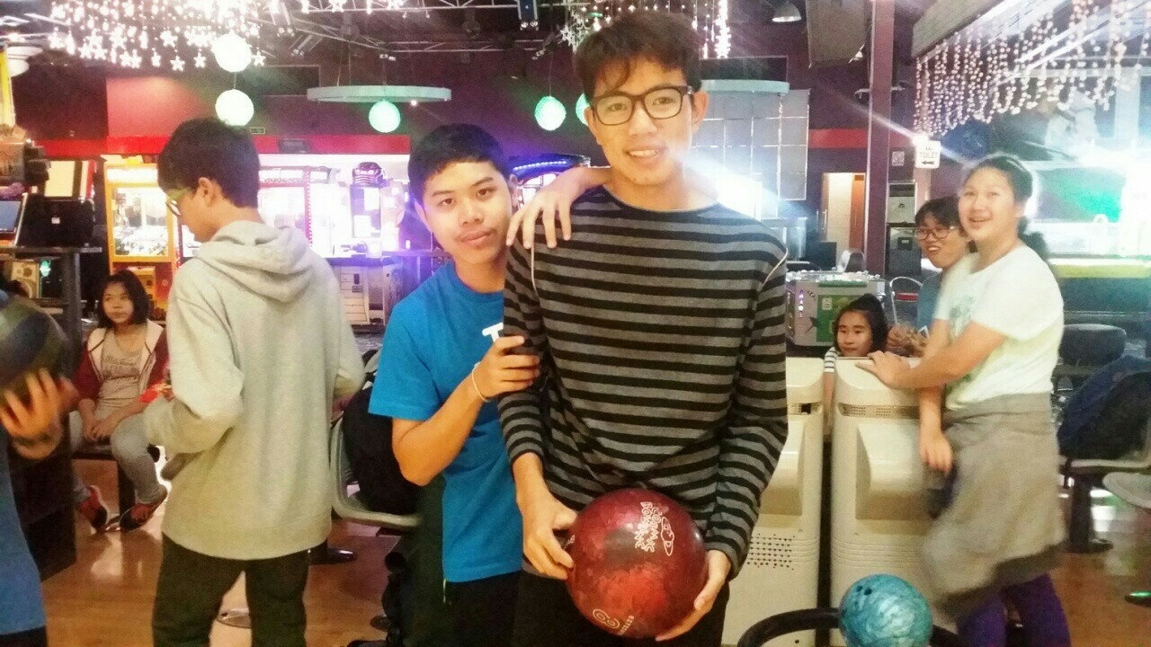 Bowling Day